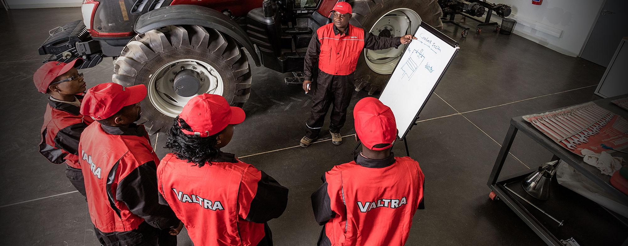 Valtra Service Training
